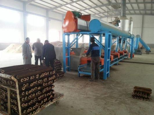 机制锯末伟德体育客户端日产1吨炭1吨赚800